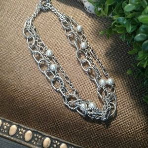 Vintage premier pearl layered necklace